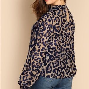 Tops - NWT Blouse